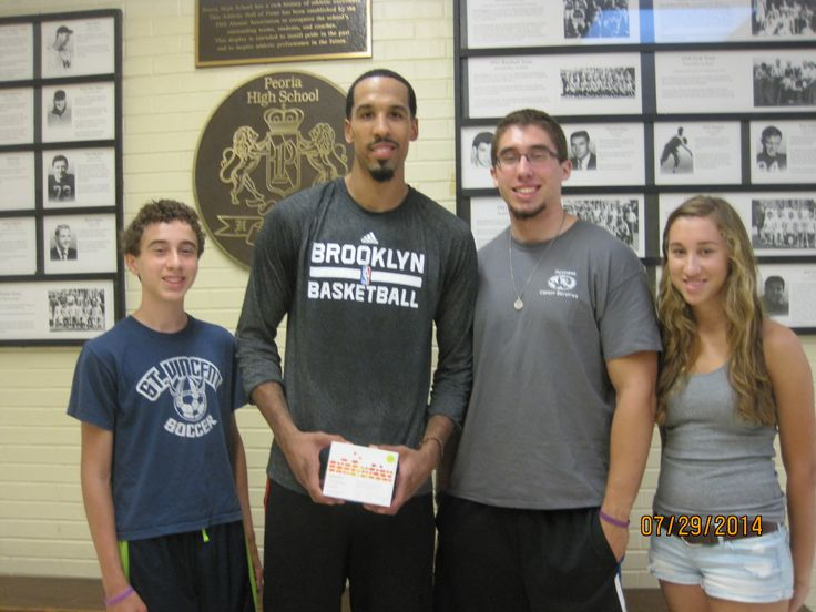 """#shaun#livingston When we dropped off Shaun Livingston's vitamins, he smiled and said, """"this is my spinach...good stuff..""""  You can check it out here to see all the good stuff in it.  http://healthandharmony.myshaklee.com/us/en/category.php?main_cat=Nutrition&sub_cat=Foundation"""