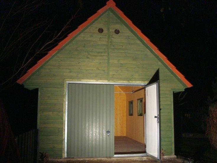 Budowa garażu drewnianego. Jak to zrobić ? gotowy garaż