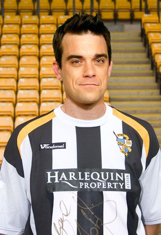 Robbie Williams con la maglia del Official Port Vale FC  ‪#‎musica‬ ‪#‎calcio‬