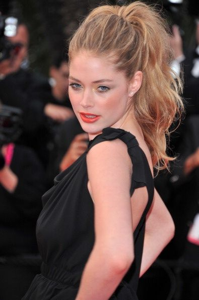teased out pony: Hair Ideas, High Ponytails, Hairstyles, Messy Ponytail, Makeup, Beautiful, Hair Style, High Ponies, Doutzen Kroes