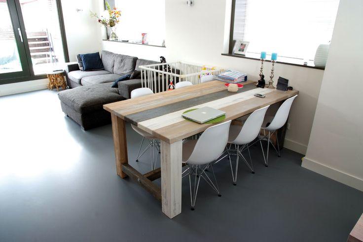 keukentafel op gietvloer