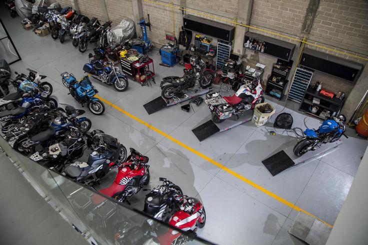 Visita nuestro taller y su galería fotográfica. #BMW #MotorBoxer #RideEndless