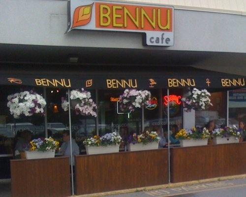Orlando Italian Restaurants Singing Waiters