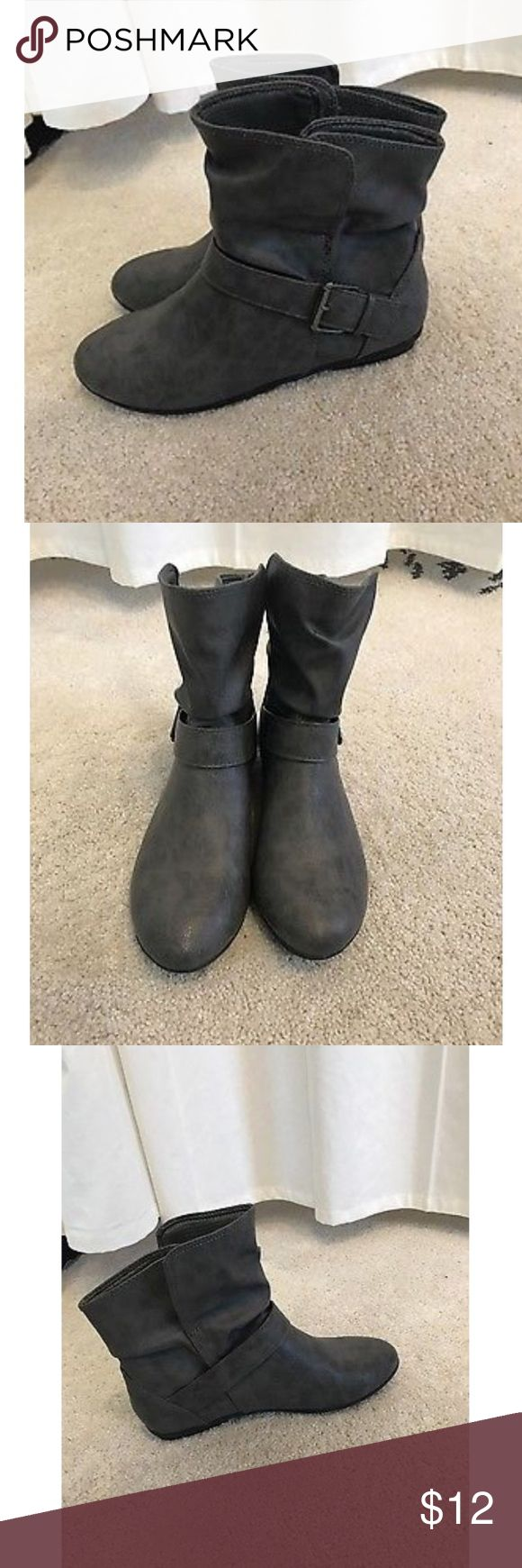 Lower East Side Womens Slip On Boots with buckle Lower East Side Womens Slip On Gray Boots with buckle Size 8.5M. New without box 📦 lower east side Shoes Ankle Boots & Booties