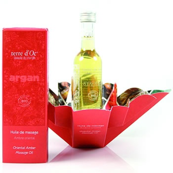 Before your special day indulge in an exotic massage using terre d'oc Oriental Amber massage oil, you will not only have a luxurious massage but you will fall in love with the aroma.  http://www.pravera.co.uk/shop/terre-doc/shop-by-range/morocco/organic-oriental-amber-massage-oil-argan-anti-ageing-for-all-skin-types-