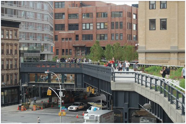 Google Image Result for http://gliving.com/wp-content/uploads/2009/06/highline-park-new-york-city-04.jpg