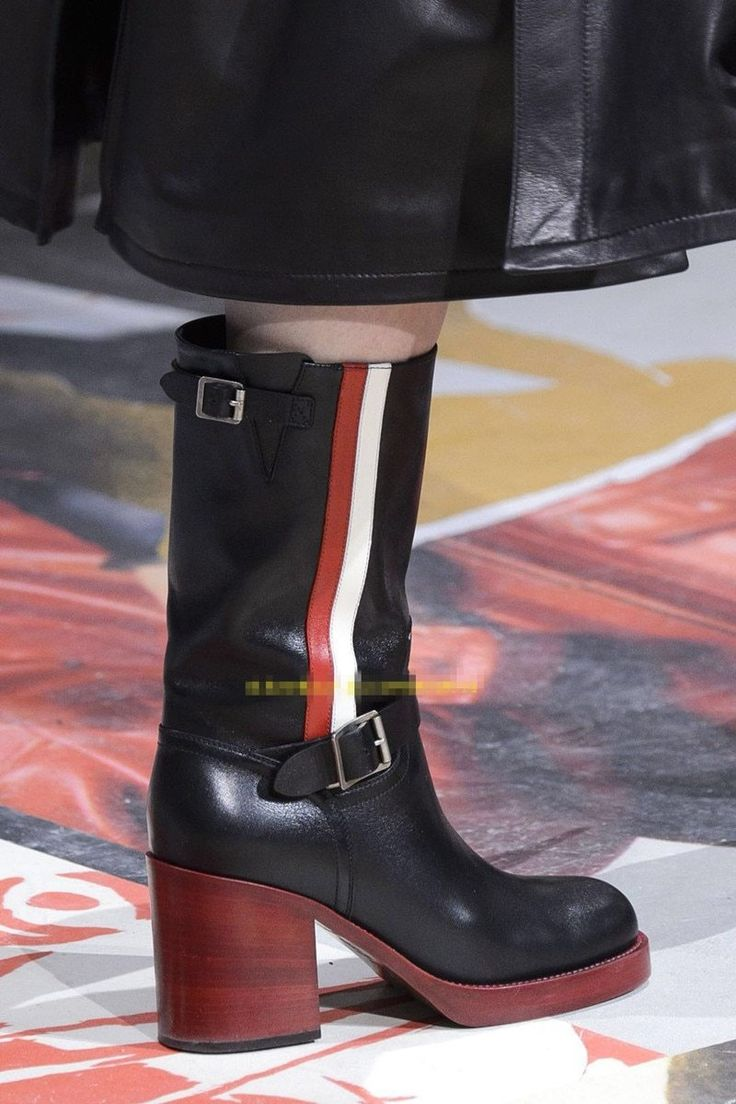 2018 Autumn Winter European and American fashion show chunky heel Flange over the knee boots buckle genuine leather half boots
