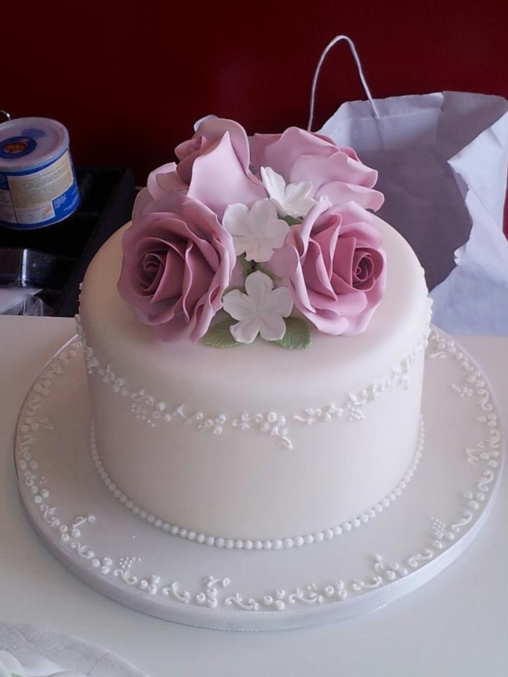 GumPaste roses and royal icing roses