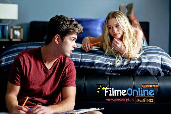 Amanda şi Connor au lumea la picioare. Sunt populari şi urmează să înceapă ultimul an de liceu. Amanda a fost plecată la muncă pe timp de vară iar Connor a dat o petrecere înainte de întoarcerea sa. Cei doi nu mai speră să fie împreună, s-au distanţat mult prea tare. În timpul petrecerii Connor se lasă sedus de o tânără pe nume Heather. La scurt timp de la aventură, Heather îl anunţă pe Connor că este însărcinată. Chiar dacă sunt extrem de furioşi la auzul unei asemenea veşti, părinţii lui…