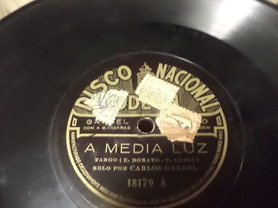 20s-Argentine-DISCO-NACIONAL-Odeon-78-CARLOS-GARDEL-con-Guitarras