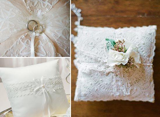 1 ringkissen ivory hochzeit spitze ring kissen1 ringkissen mal anders und ringkissen selber. Black Bedroom Furniture Sets. Home Design Ideas