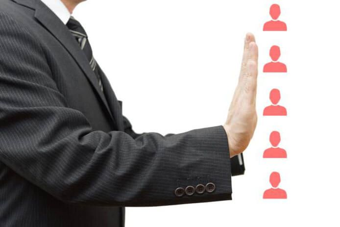 Why You Should Never Use a Legal Recruiter