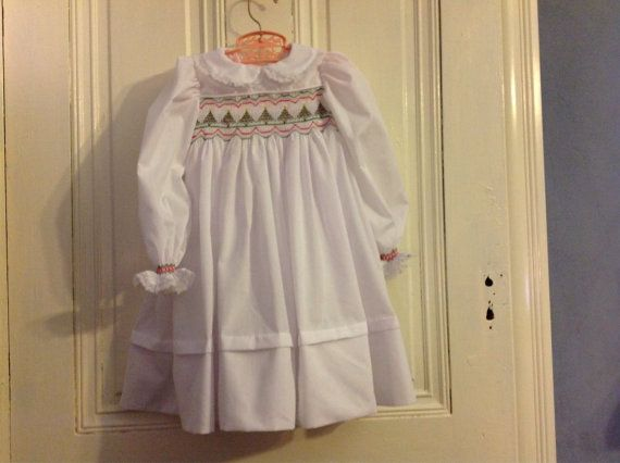 Girl's Smocked Christmas Dress by CGSewingDesign on Etsy