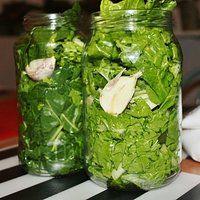 Kiszone liście buraka naciowego – na zimę i na zupę w stylu szczawiowej