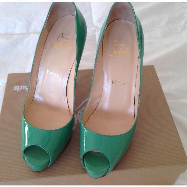 Christian Louboutin Heels (Green/Vert) Size: 37.5; Price: 300€ on @designervintage