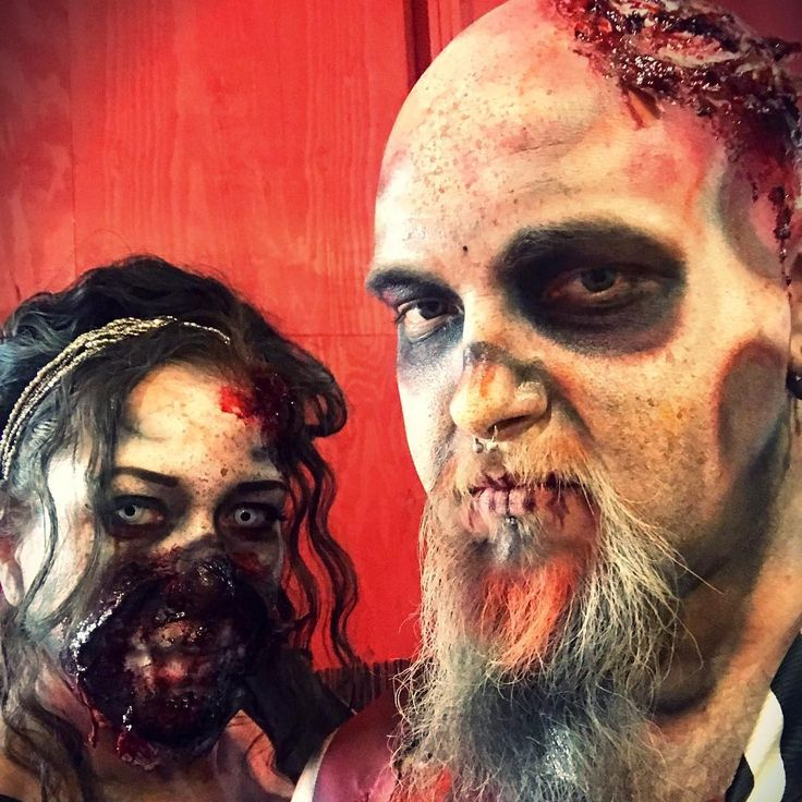 Jacquie Lantern: Braaaiiiins! #zombie #zombies #zombiemakeup #makeupbyme #me...: Braaaiiiins! #zombie #zombies… More at hauntersweb.com