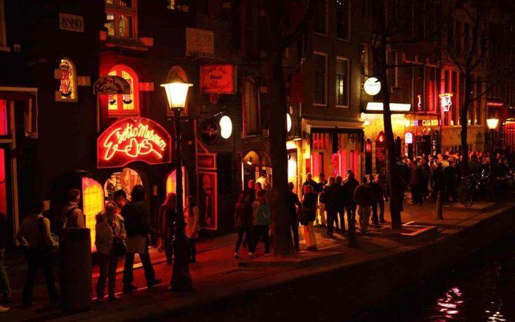 Molto probabilmente ti sei reso conto del quartiere a luci rosse di Amsterdam in quanto questo è …