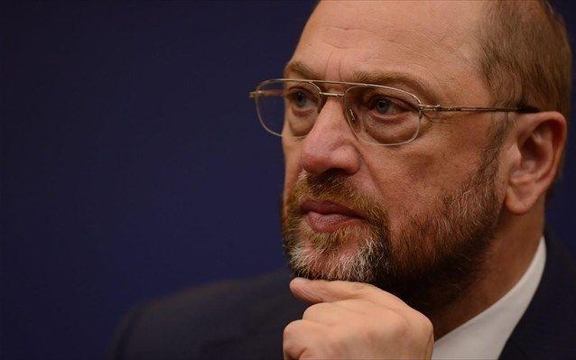 Σουλτς: Θα κάνουμε τα πάντα για να παραμείνει η Ελλάδα στο ευρώ