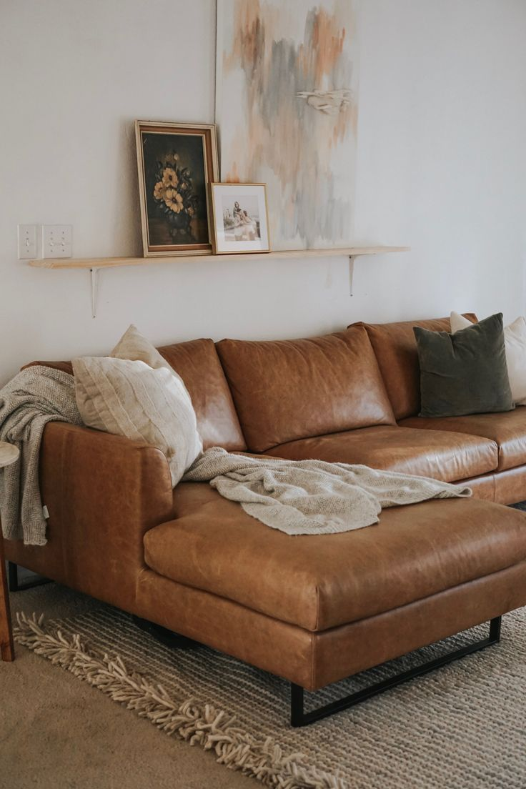 Living Room Update With I D Mit Bildern Leder Wohnzimmer