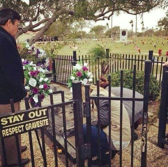 Selena's grave site