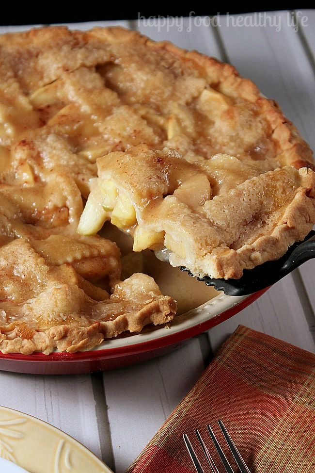 Homemade Caramel Apple Pie - The absolute best apple pie I've ever eaten and really so simple to make! www.happyfoodhealthylife.com