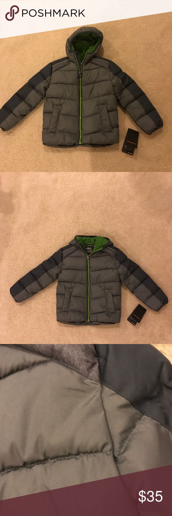 🎉Host Pick🎉NWT Boys Winter Jacket 7 New With Tags boys size 7 winter coat Gray with green accents. Smoke and pet free home Hawke & Co Jackets & Coats Puffers