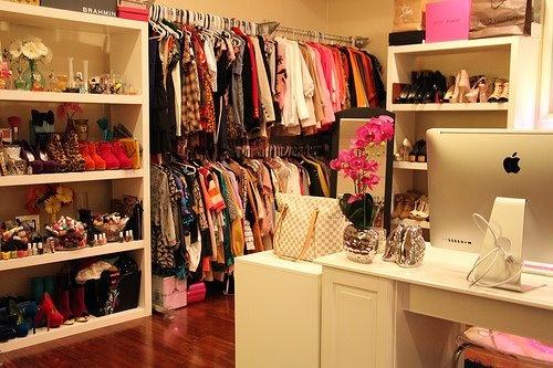 Closet + Walk In Closet? Por favor.