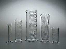 Cilindri graduati trasparenti PATERSON   #pellicola #fotografia #darkroom mailto:info@fotom... www.fotomatica.it