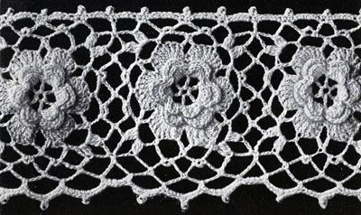 Irish Rose Edging crochet pattern from Flower Edgings, originally published by American Thread Company, Star Book 65 in 1949.