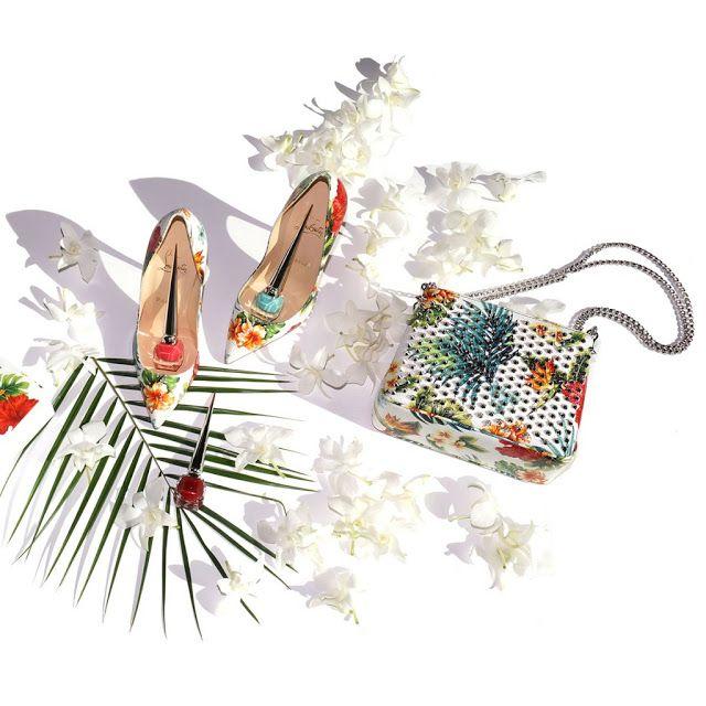 Разнообразие моделей в этом году просто радует, поэтому можете смело выбирать летнюю обувь любого стиля. Главное, чтобы в ней вы себя чувствовали уверенно, ведь хорошая обувь способна творить чудеса!