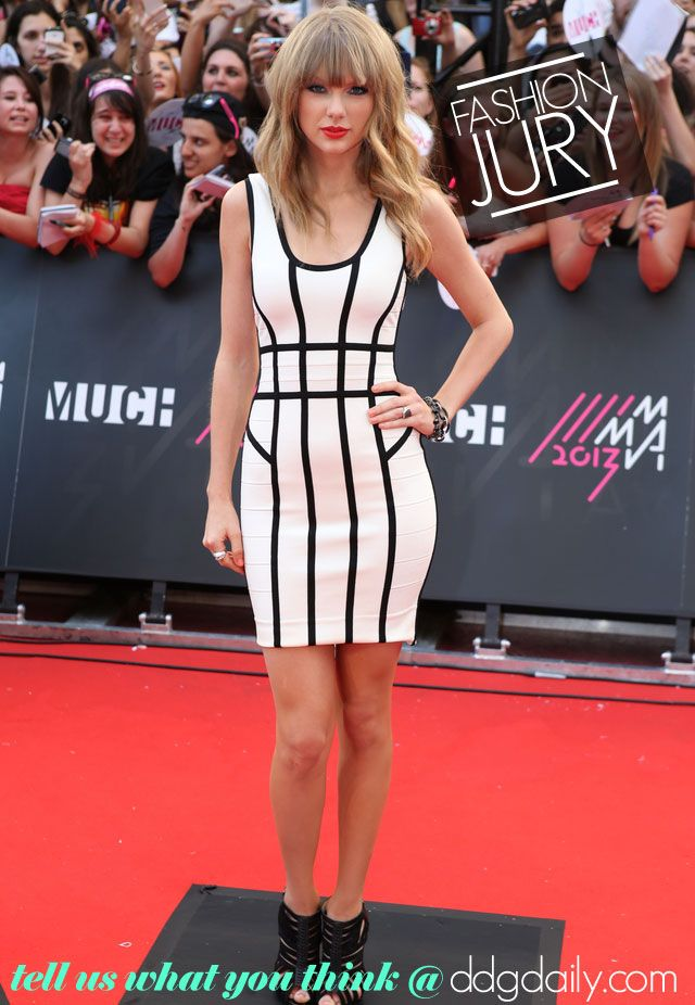 Fashion Jury: Taylor Swift does Geometrics - dropdeadgorgeousdaily.com