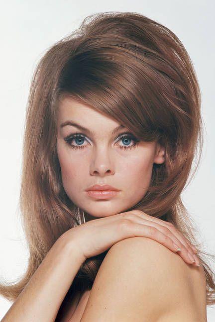 Celebrities with bangs: Jean Shrimpton, 1965