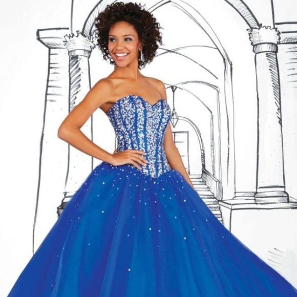 Stunning Prom dress!!!! Royal Blue Tiffany prom dress Dresses Strapless