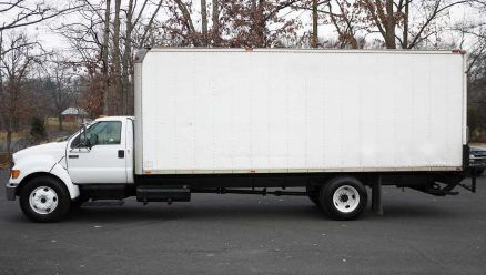 24' ALUMINUM BOX VAN - 8408 - 2004 FORD F650; for sale.