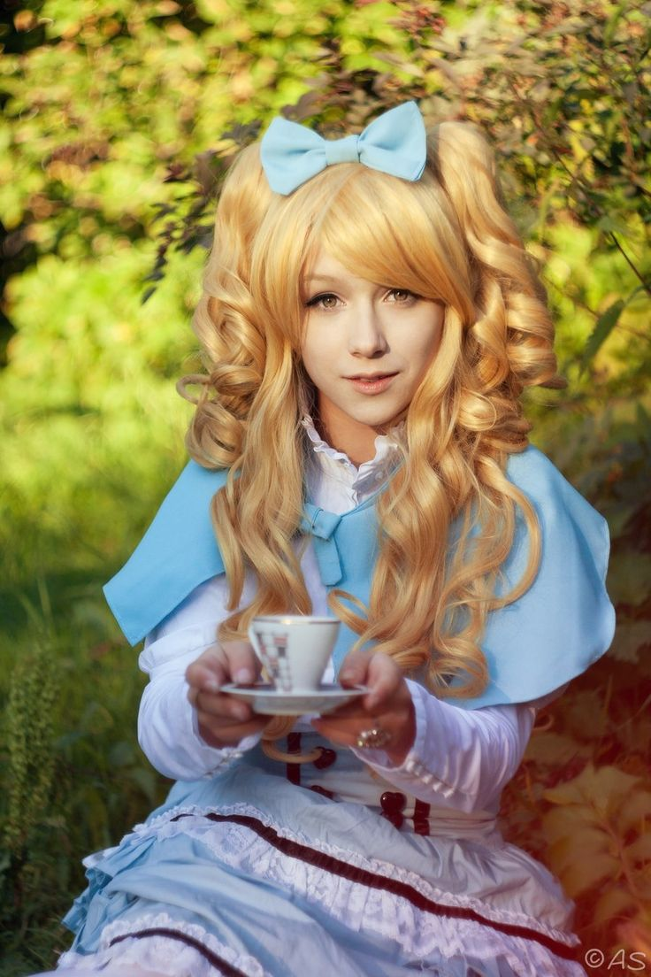 Alice In Wonderland All Girls Group Costume