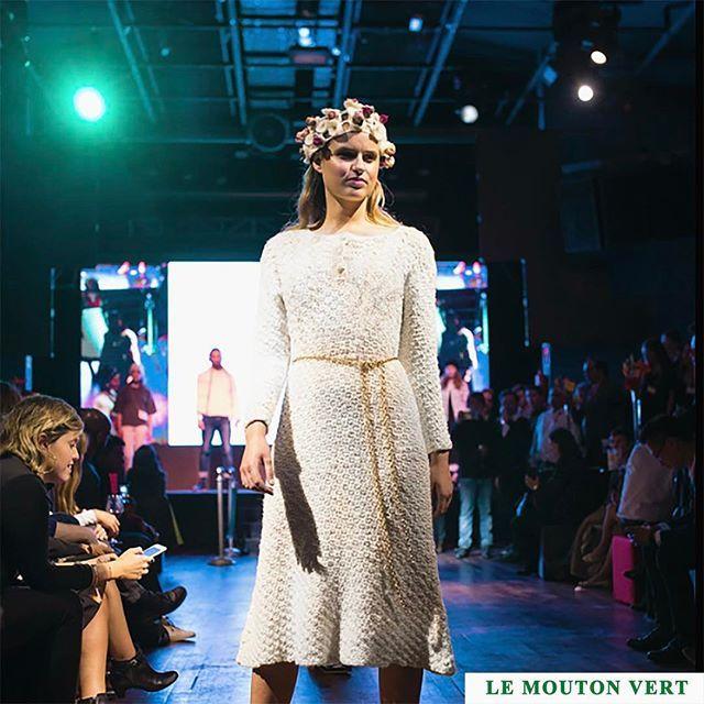 Vestidos ✨ Con nuestro puro estilo y con nuestra mejor calidad, tenemos nuevos vestidos largos. ➖Modelo MARGARETHE, cod. 1122, es un vestido largo con aplicaciones de hilo dorado en trenzas desde canesú. Perfecto para abrigar, para impactar y para eventos, hasta para una hermosa novia  ➖Corona de flores y aplicaciones . Le Mouton Vert ® / Instagram: @lemoutonvert  Puerto Natales, Patagonia, Chile www.lemoutonvert.org //