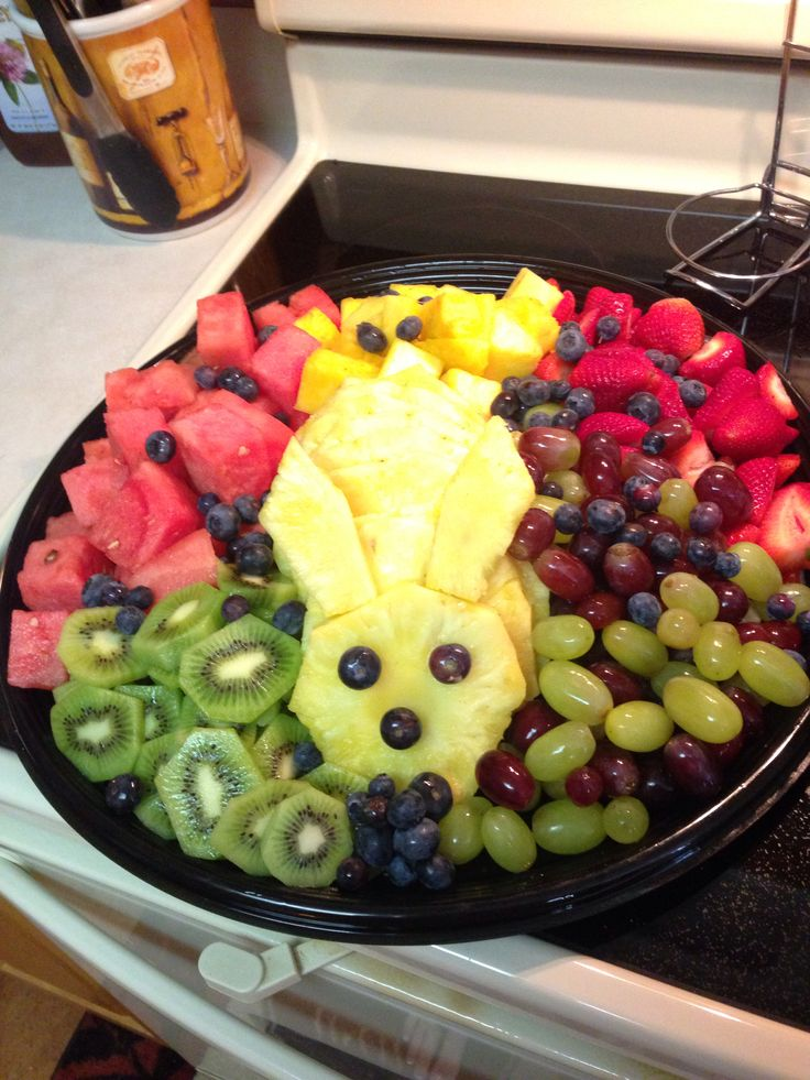 So I saw this on here and decided to try it for our families Easter gathering today! It was so easy to do! Fun too!! Easter fruit tray!