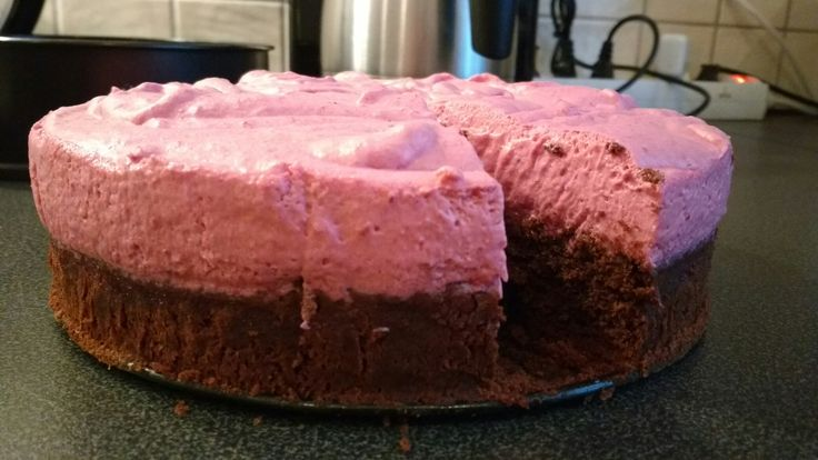Brownie with raspberry mousse topping