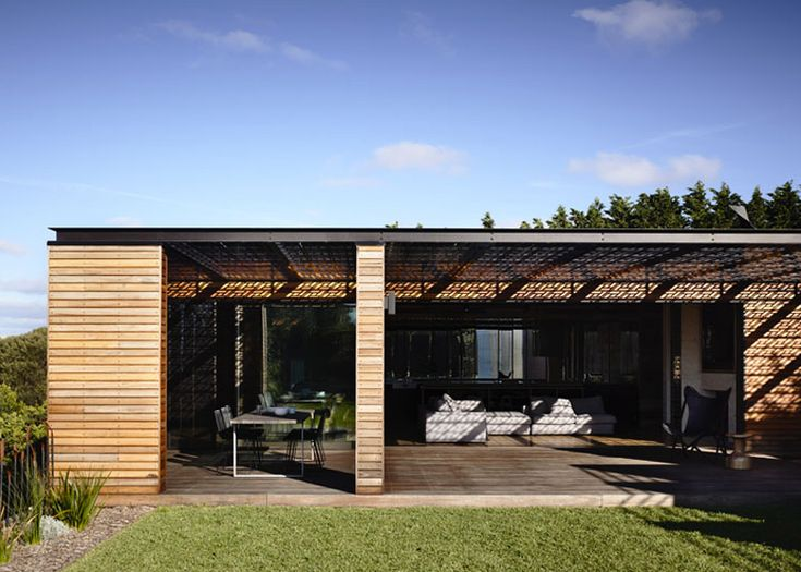 Wooden Blairgowrie House by Wolveridge Architects creates seaside home