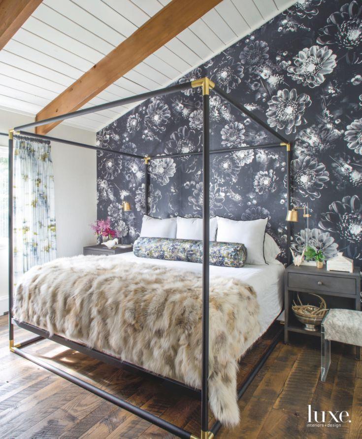 Master Bedroom Wallpaper Accent Wall: 1000+ Ideas About Wallpaper Accent Walls On Pinterest