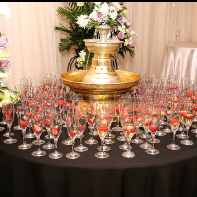 Champagne fountain at the entrance