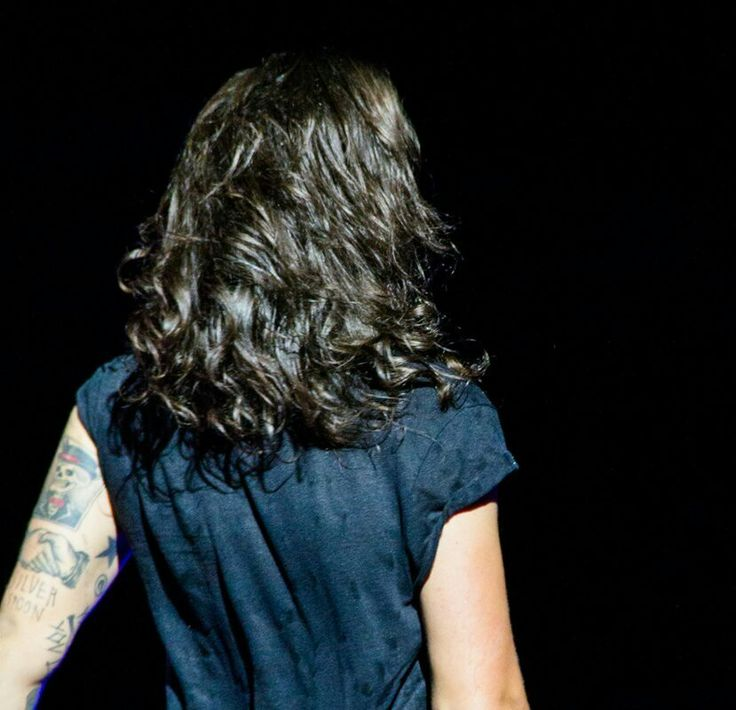 LOOK HOW BEAUTIFUL AND MAJESTIC HIS LONG HAIR WAS