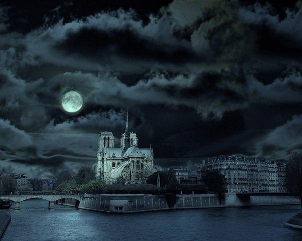 noter dam de pari: Dame, Favorite Places, Paris At Night, Paris, Paris France, Wallpapers, Castle, Full Moon, Our Lady