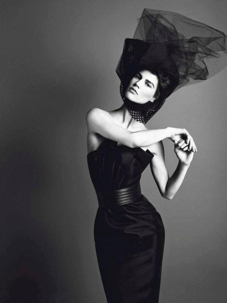 начинающий фотосессия в черном платье креативные черно белые прибрежных