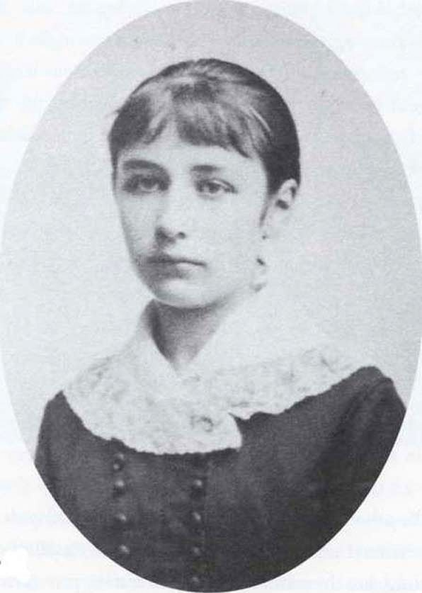 Camille Claudel (8 December 1864 – 19 October 1943) was a French sculptor and graphic artist. She was the elder sister of the poet and diplomat Paul Claudel. She loved Rodin.