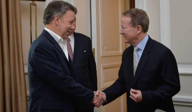 Las polémicas intervenciones de William Brownfield en la política colombiana