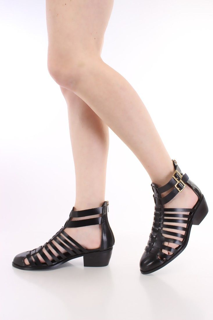 Black nice sandals - Black Strappy Closed Toe Sandals Faux Leather