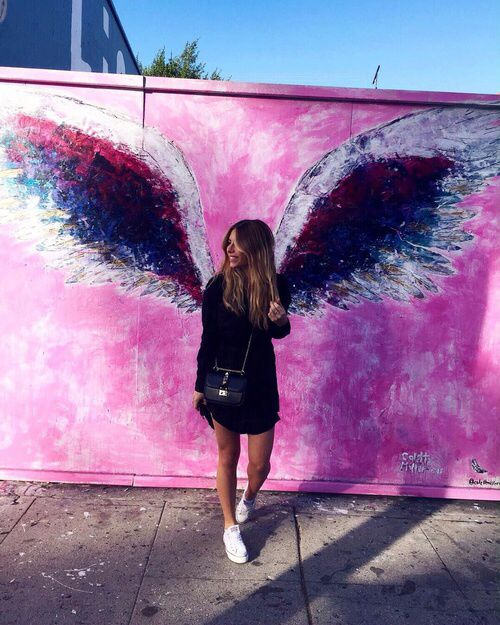 http://weheartit.com/entry/214040048