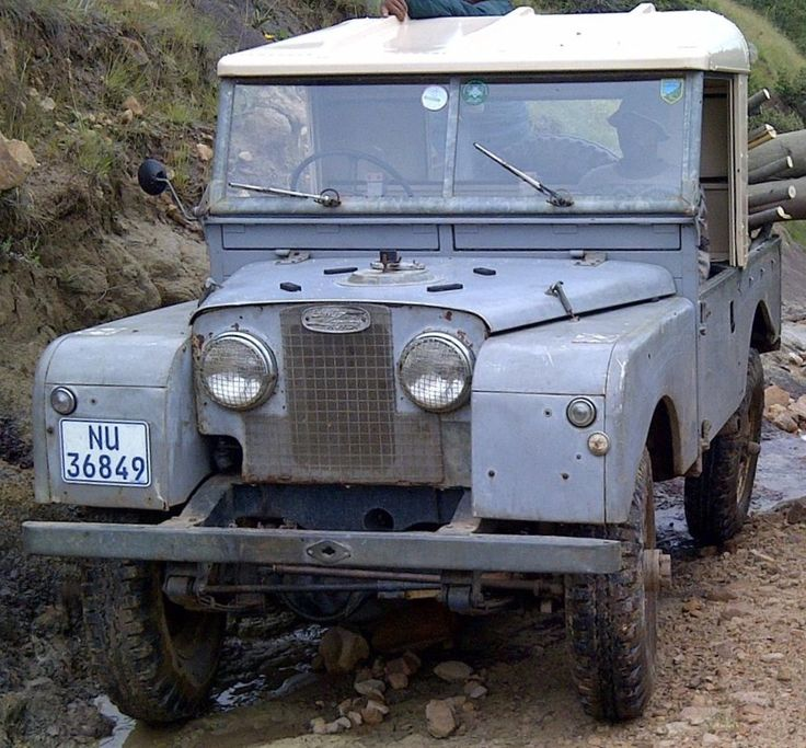 Land Rover 86 inch series One pickup.