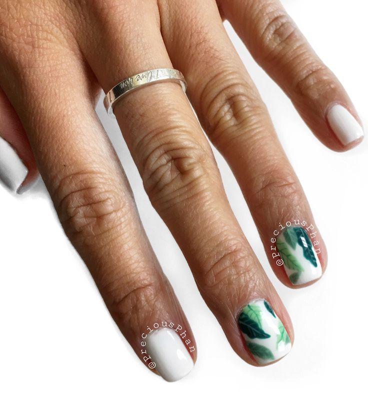 Tropical nails. Leaf nails. Banana leaf nails. #PreciousPhan